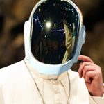 Papa Francisco y Daft Punk sacarán canción y harán gira este año