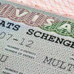 Colombianos con visa Schengen siguen reuniendo firmas para que no la quiten