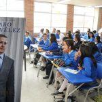 Centro Democrático radica proyecto para que «Cátedra uribista» sea obligatoria en colegios