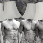 Polémica en ARTBO por subasta de lámparas humanas