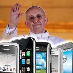 Papa Francisco elevará plegaria por los celulares perdidos este año