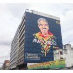 Jorge Luis Pinto emocionado por mural en homenaje a él