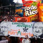 Desabastecimiento total de «mecato» y golosinas tras marcha de la marihuana en Medellín