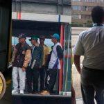 «Trancar la puerta no hace que llegue más rápido el bus», revela comisión de sabios