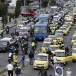Taxistas que marcharon a pie no tienen cómo devolverse