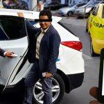 Taxista entregó turno a las seis de la tarde y se fue a la casa en Uber