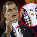 Descubren mensajes subliminales en camisas de Rafael Correa.