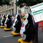 Pingüinos veteranos de BonIce protestan porque nunca les pagaron pensión