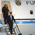 Santos anuncia que vendrá a Colombia para cumbre de Nóbeles de paz en febrero