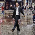 Gustavo Petro habría caminado sobre las aguas antes de su discurso de cierre