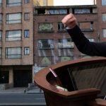 Renuncia administradora de edificio de Claudia López